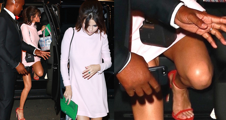 Selena Gomez in Little Upskirt - Leaving her apartment in NYC 9817
