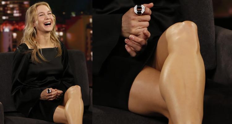 Renee Zellweger Upskirt - Jimmy Kimmel Live October 11th 2017